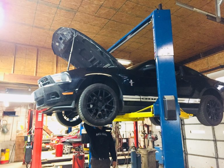 An Oil Change at Global Automotive on Mustang